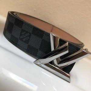 Louis Vuitton Accessories - Louis Vuitton MENS belt